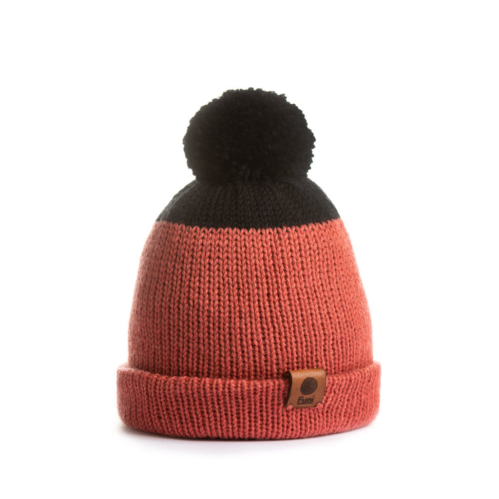 black and coral knitted beanie in hypoallergenic merino wool