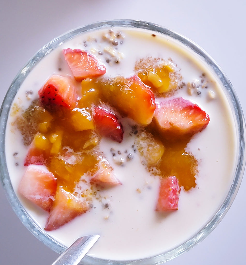 Chia Oats with Cinnamon Honey and Peach Almonds