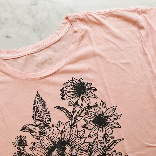 Sunflower Tee in Pink