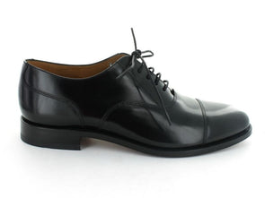 Loake 200 in Black Leather outer view