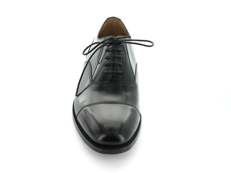 Loake 200 in Black Leather front view