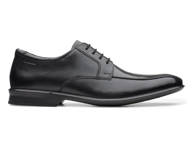 Clarks Bensley Run black outer view