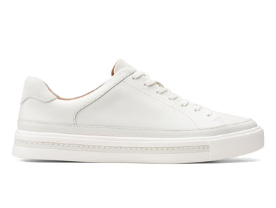 Clarks Un Maui Tie in White Leather outer view