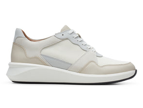 Clarks Un Rio Run White Combi outer view