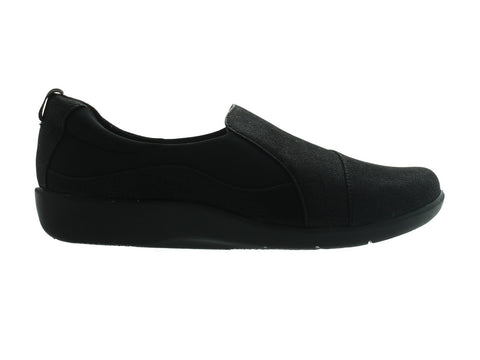 Clarks Sillian Paz in Black outer view