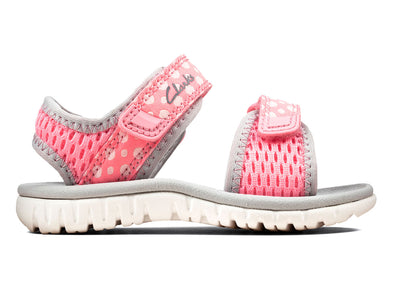 Clarks Surfing Tide T in Pink outer view