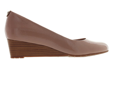 Clarks Vendra Bloom in Beige outer view