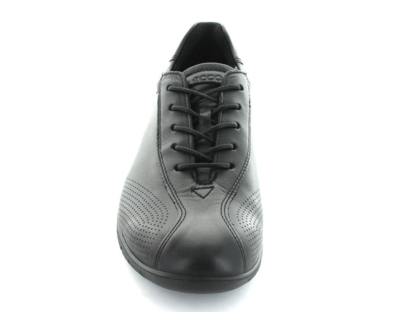 Ecco 210203 in Black Leather front view