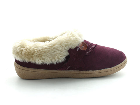Clarks Eskimo Snow in Berry Suede outer view