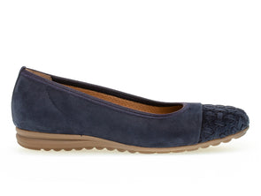 Gabor 62.623.36 in Blue outer view
