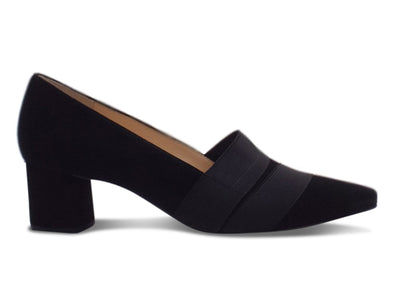 Hogl 4542 in Black suede outer view