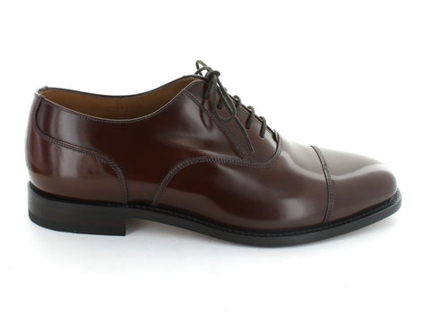 Loake 200 in Burgundy Leather outer view