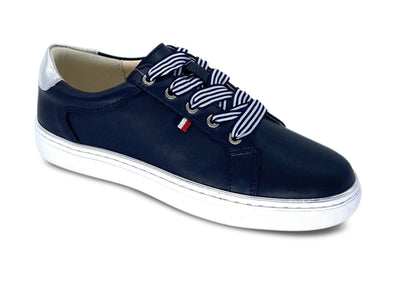 Redz CX410 in Navy outer view