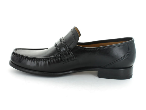 Loake Rome in Black Leather inner view