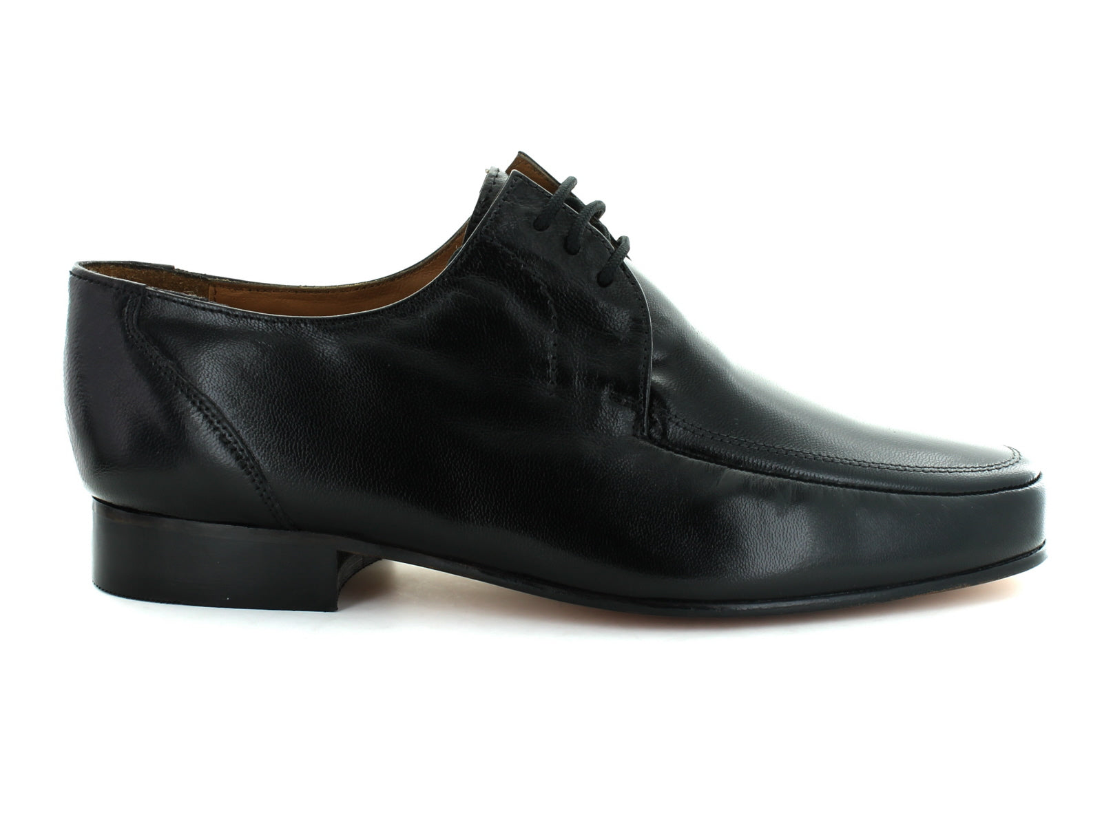 Rombah Wallace Romsey 8309 in Black Leather outer view