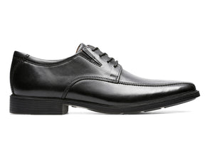 Clarks Tilden Walk in Black outer view