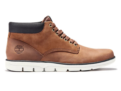 Timberland Bradstreet Chukka in Brown outer view