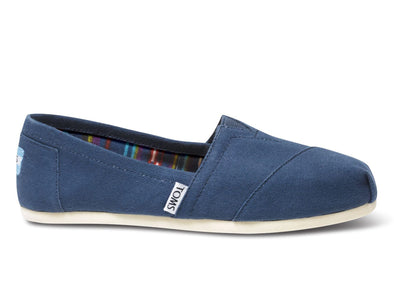 Toms Classic 10000873 in Navy outer view