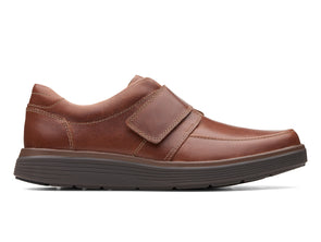 Clarks Un Abode Strap dark tan outer view