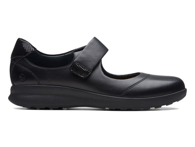Clarks Un Adorn Strap in Black inner view