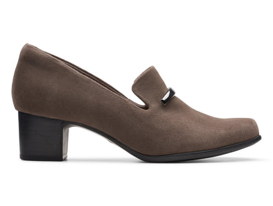 Clarks Un Damson Lane taupe outer view