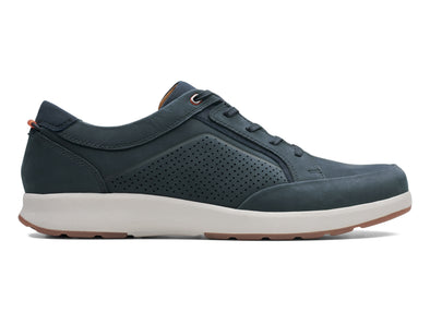 Clarks Un Trail Form in Navy Nubuck outer view