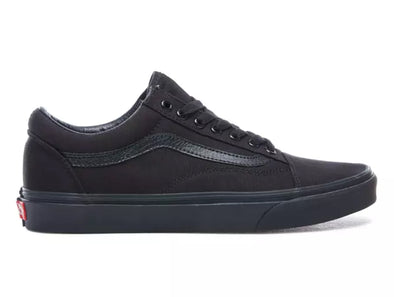 Vans Old Skool in Black outer view