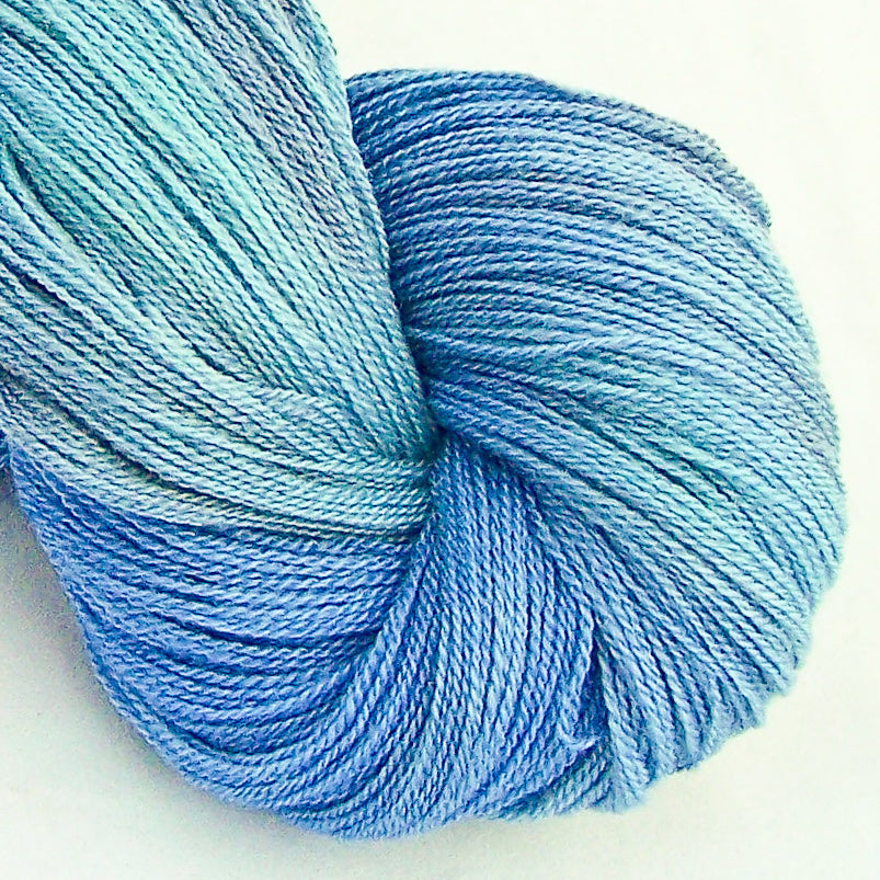 Intrepid Tulips Lace Yarn - Summer Breeze
