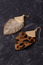 Load image into Gallery viewer, Feather Love Earrings