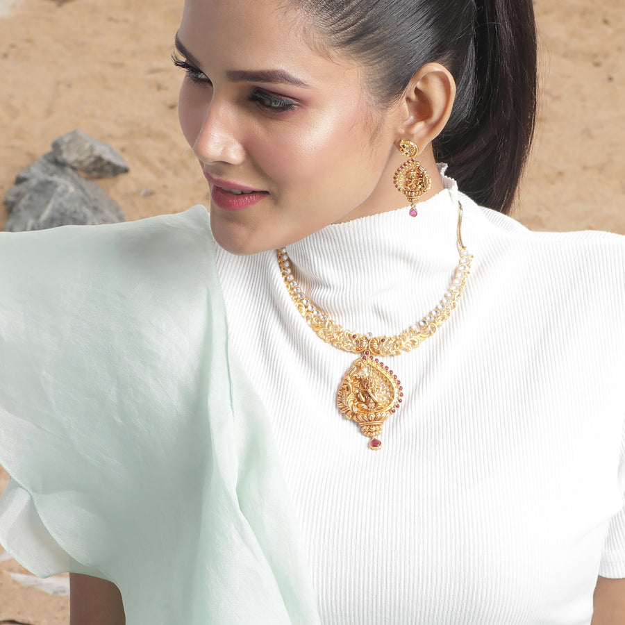Krishika Kundan Necklace Set