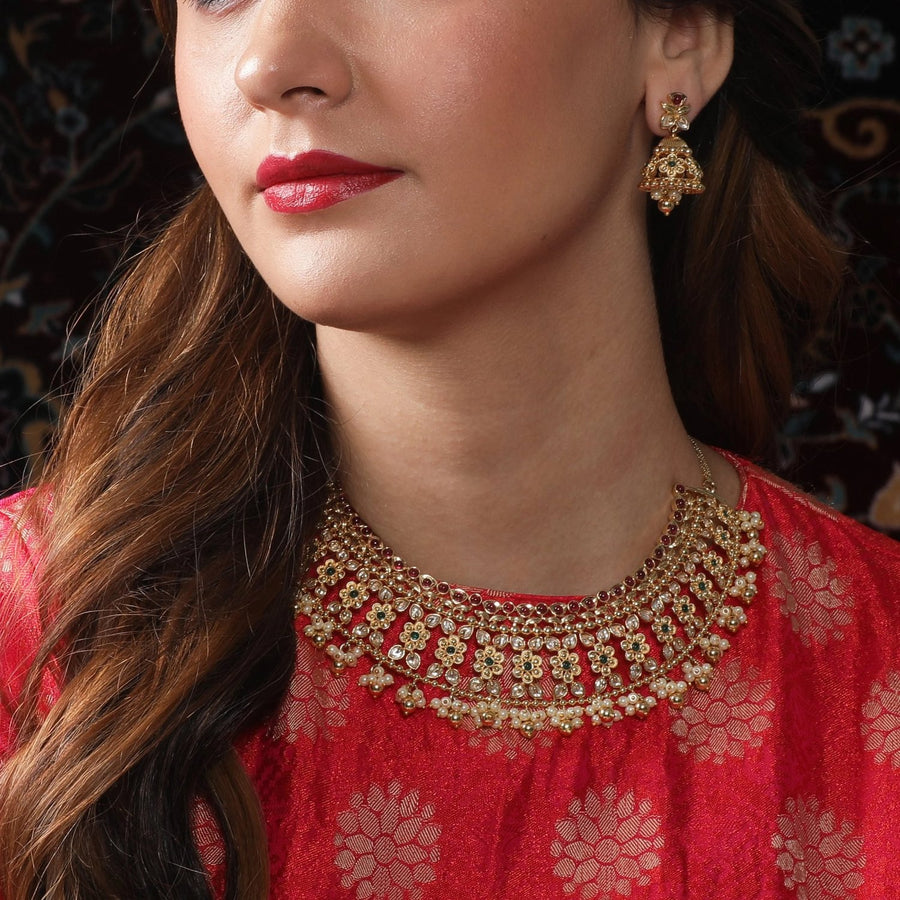 Hyma Kundan Necklace Set