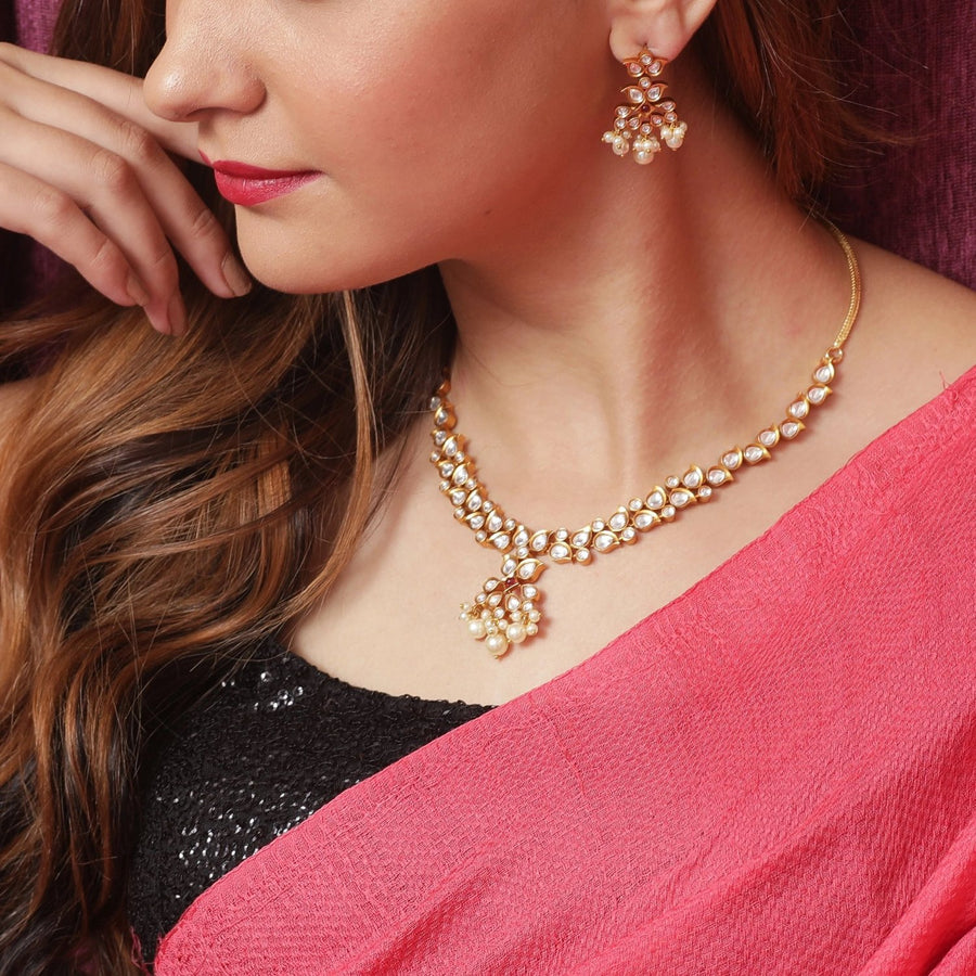 Shaachi Kundan Necklace Set by Tarinika
