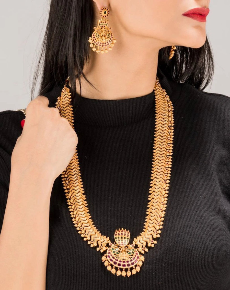 Meera Antique Long Necklace Set by Tarinika