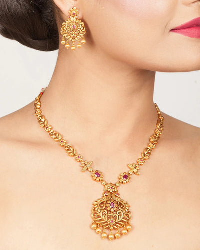 Vrishin Antique Necklace Set