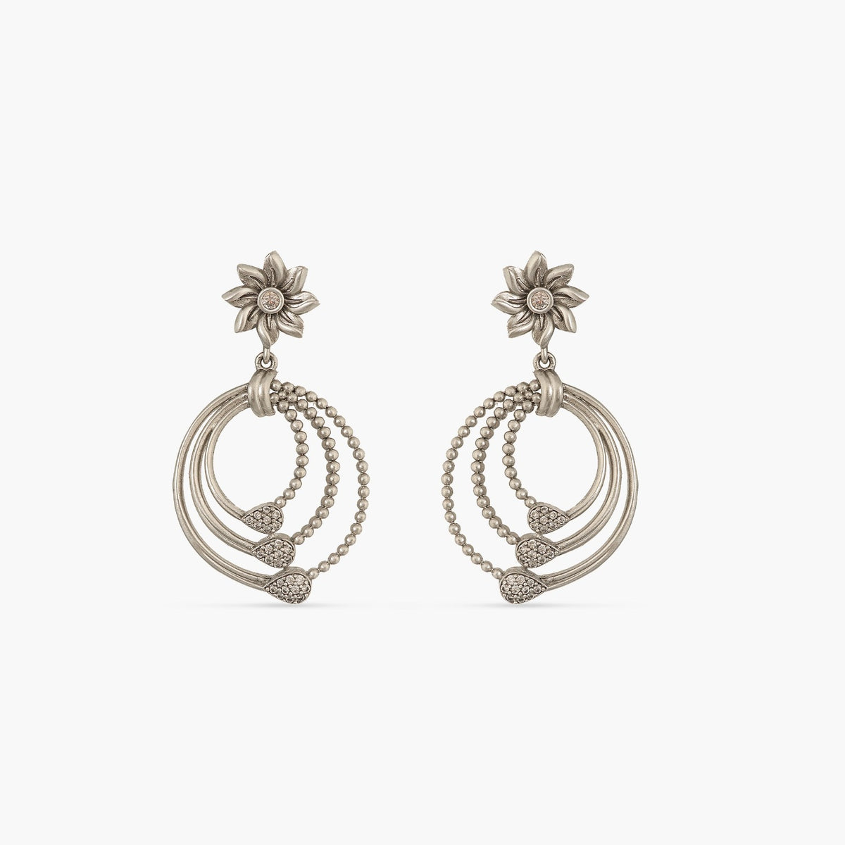 Tael Floral Delicate Earrings