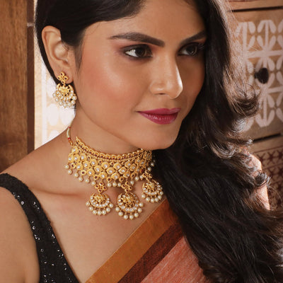 Nishka Kundan Necklace Set