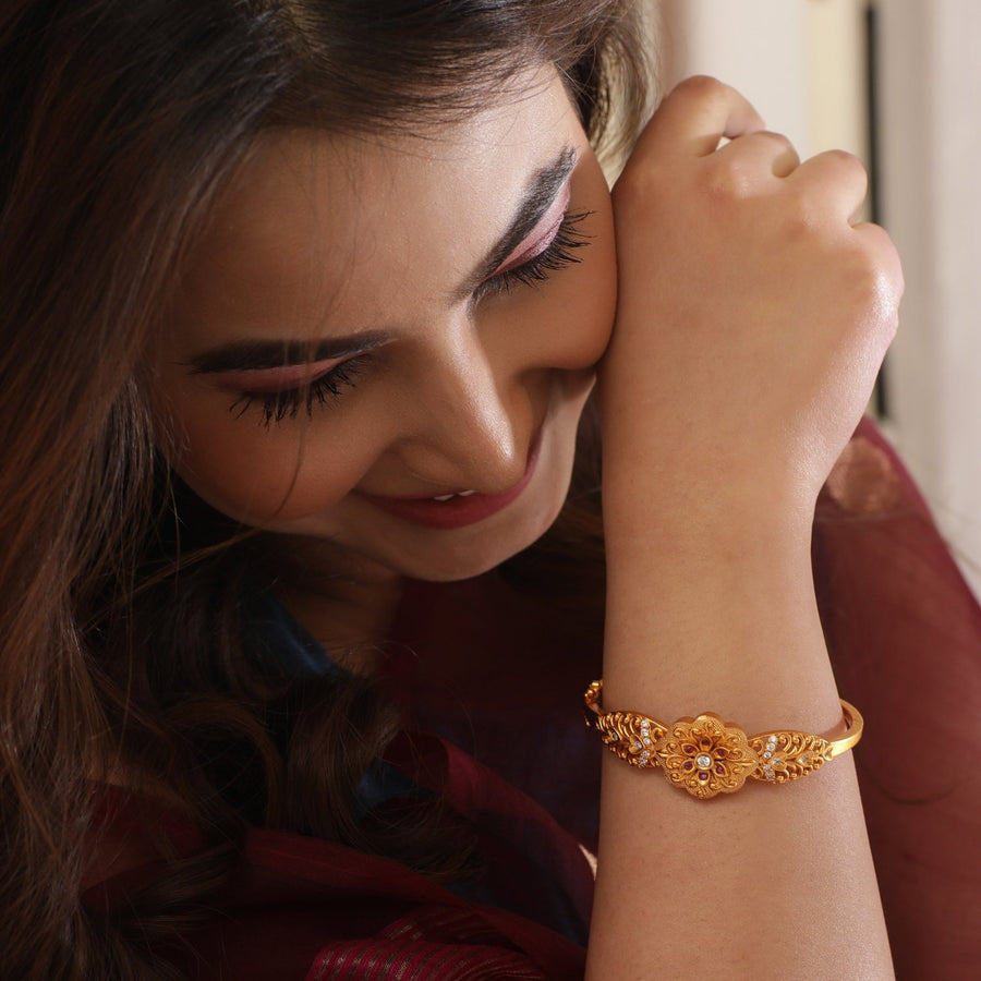 Oviya Antique Bracelet by Tarinika