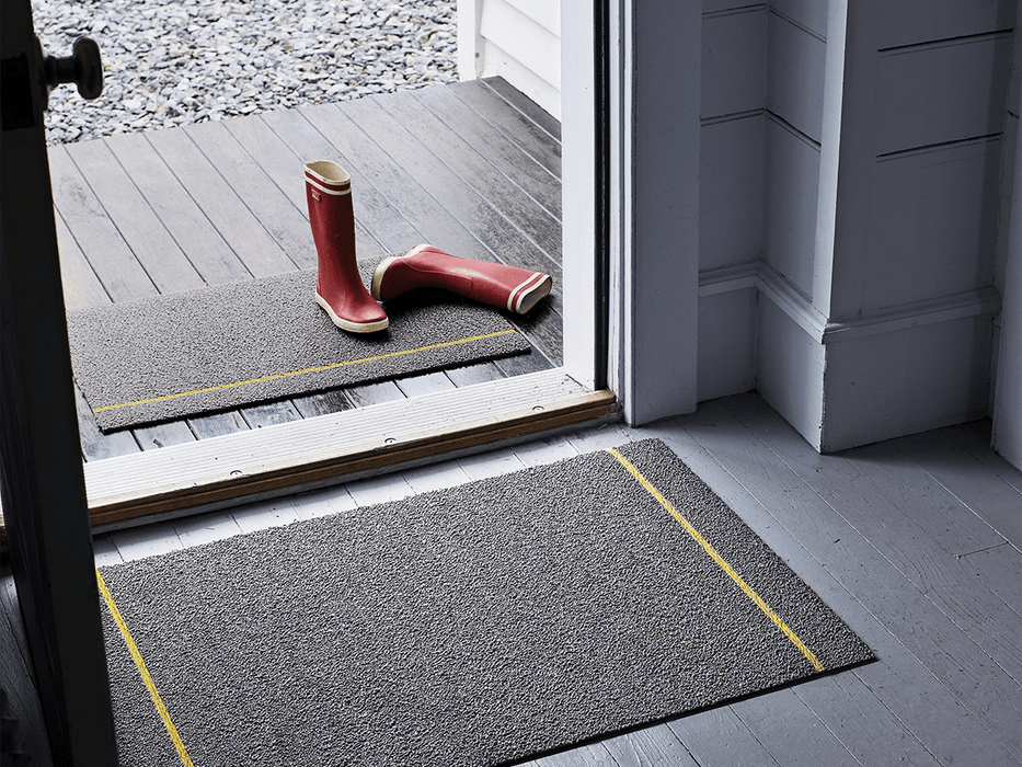 Chilewich Simple Stripe Shag Mat in Grey / Citron