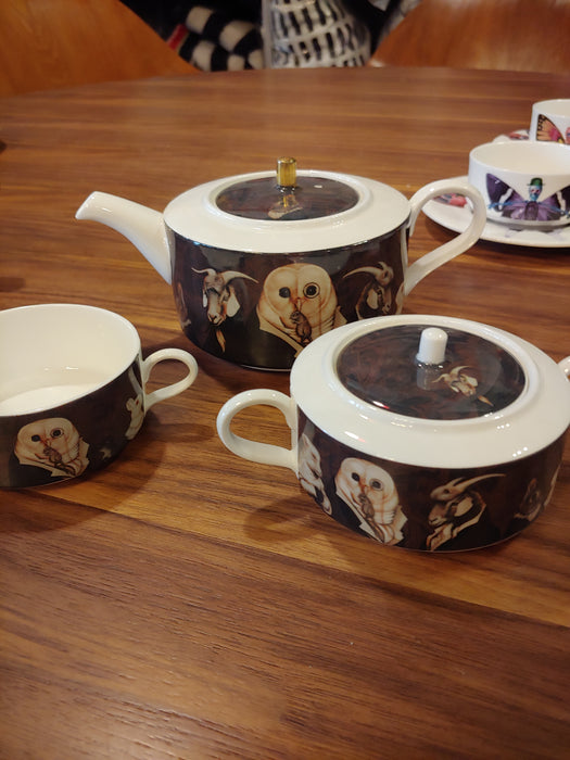 New English Bone China Mad Potters tea party tea service