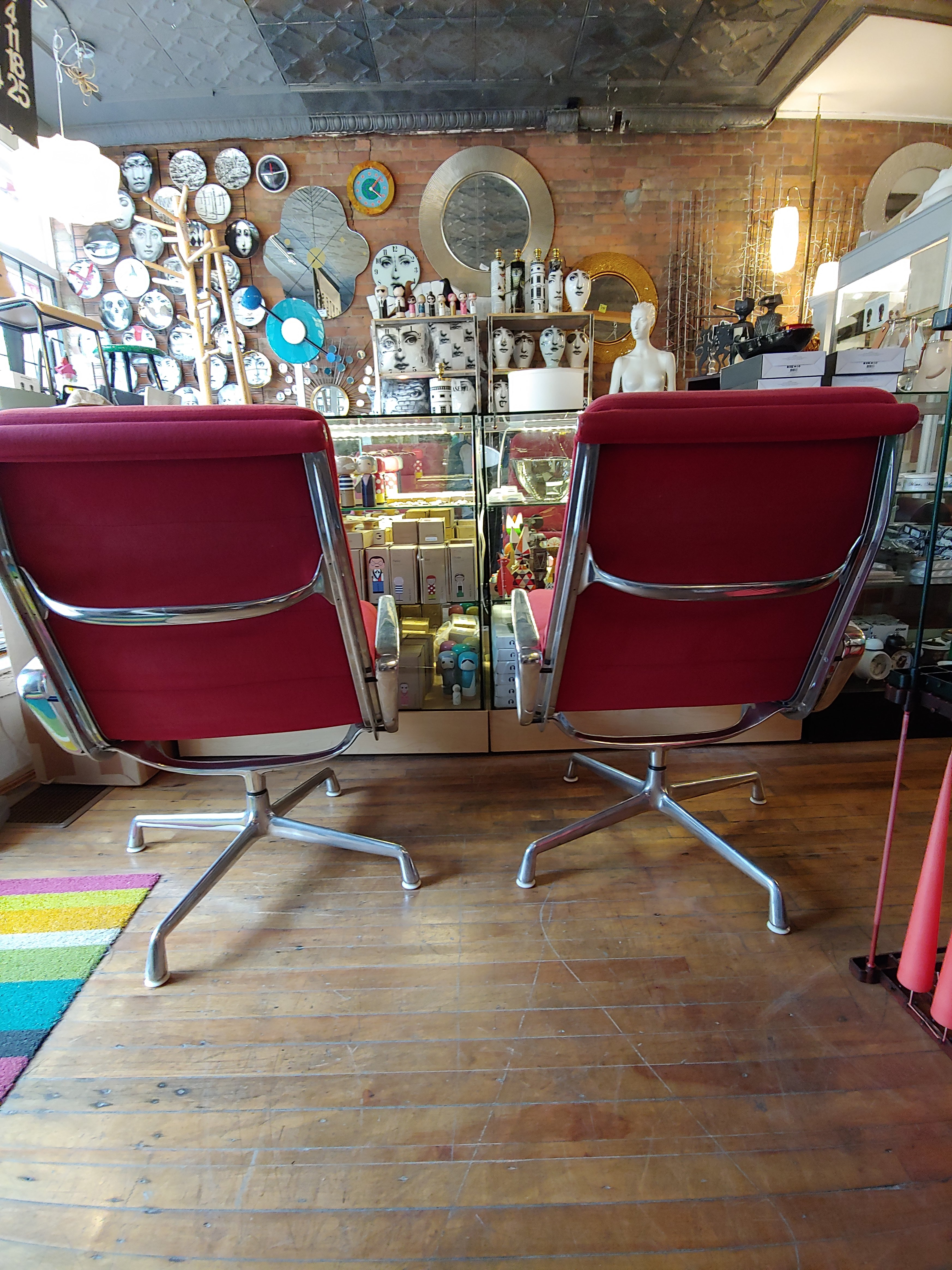 Vintage Eames soft pad aluminum lounge chairs Herman Miller