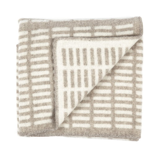 Artek Siena blanket natural and white