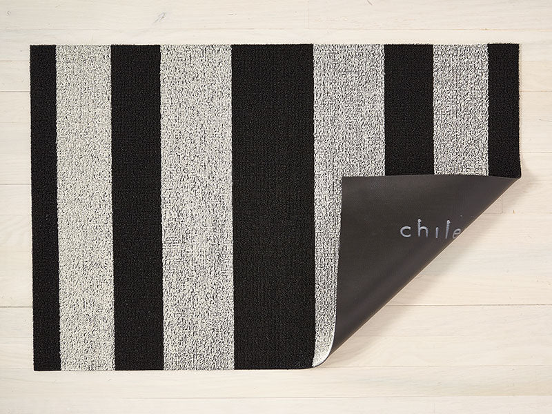 Chilewich Bold Stripe Shag Mat in Black and White