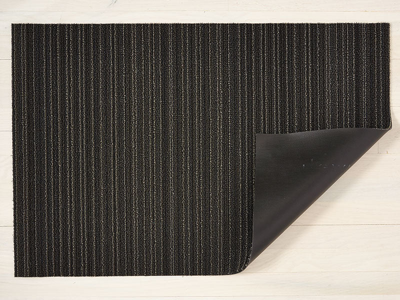 Chilewich Skinny Stripe Shag Mat in Steel
