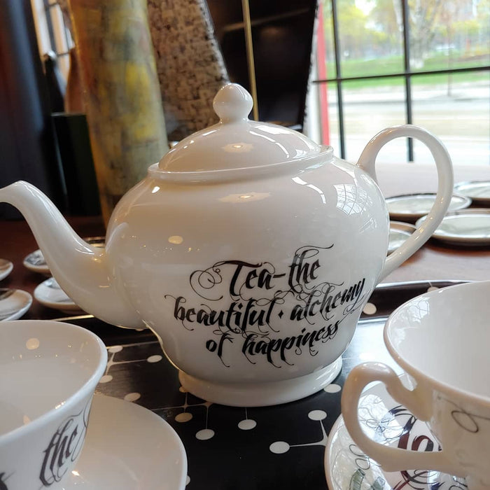 New English Bone China BEAUTIFUL ALCHEMY - TEAPOT