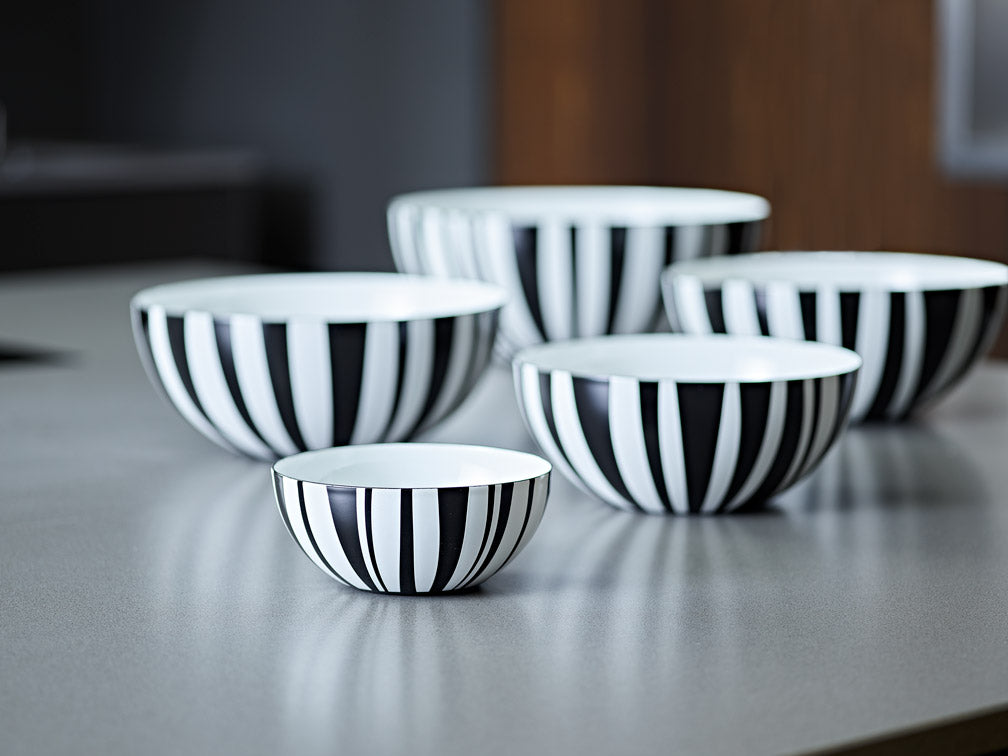 Cathrineholm enamel bowl 14cm stripes black