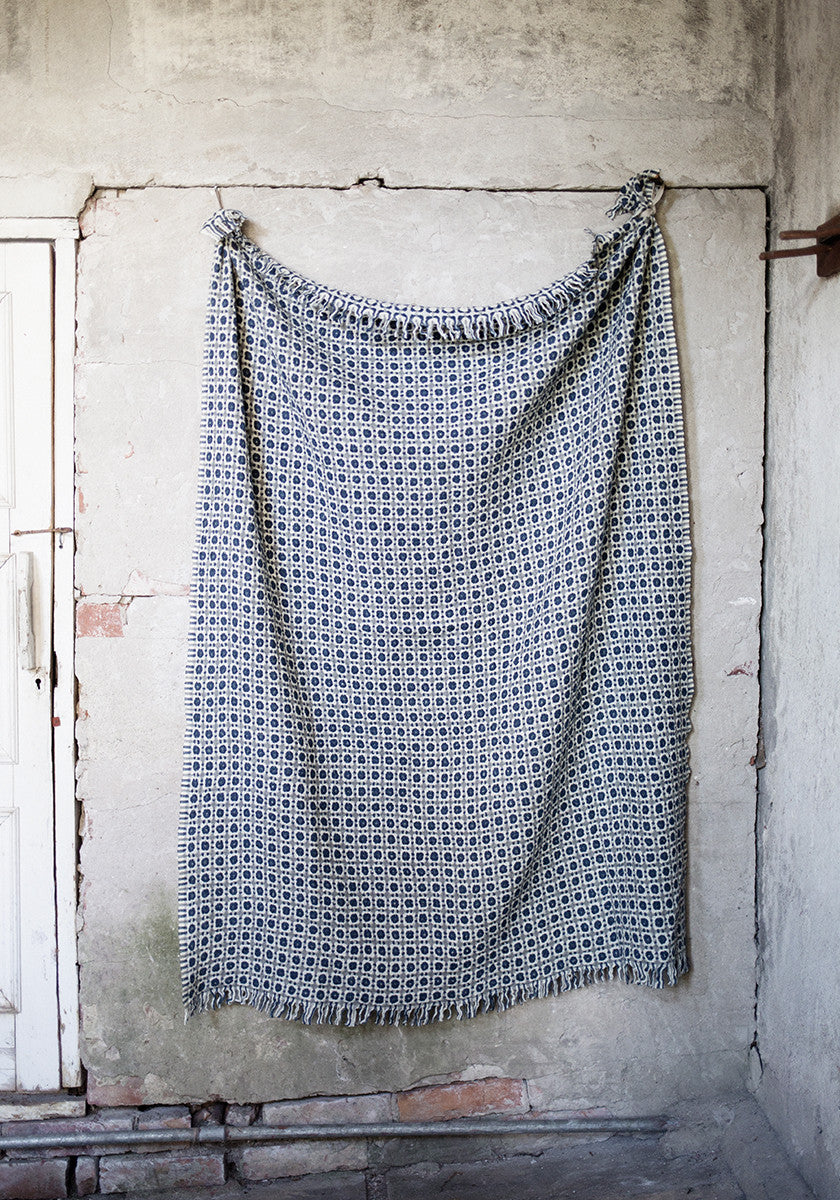 Corona wool blanket (grey-rainy blue, 130 x 170 cm)