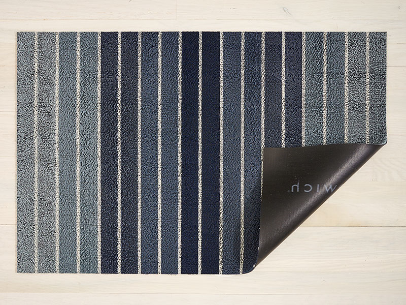 Chilewich Block Stripe Shag Mat in Denim
