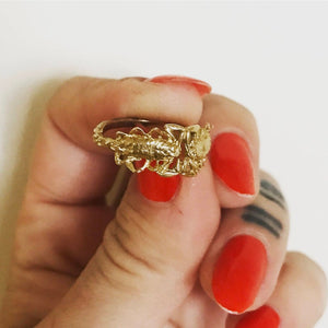 Tiny Double Scorpion Ring