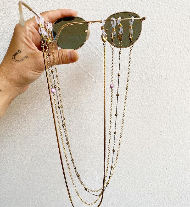 Pearl Mask / Sunglass Gold Chain