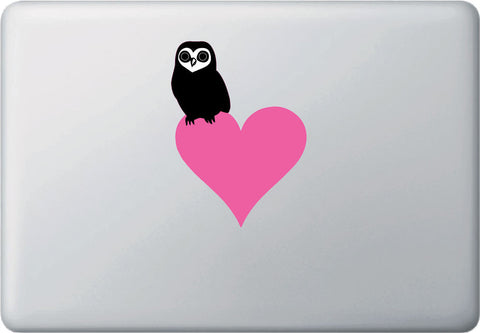 "CLR:MB - Owl Perched on Heart - Vinyl Decal Laptop Macbook - © 2016 YYDCo. (5""w x 3.5""h) (COLOR CHOICES)"